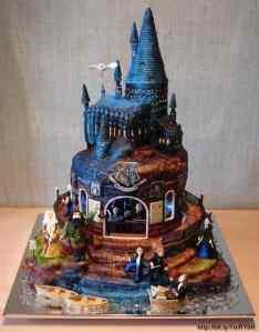 bookish cake 1.1