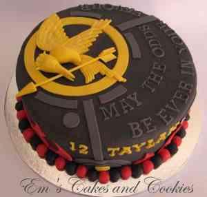 bookish cake 10